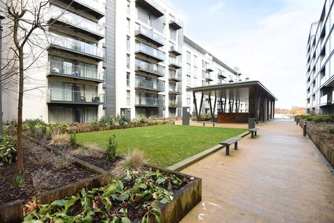 2 bedroom apartment for sale - Cardinal Building, Station Approach, UB3