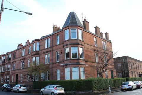 3 bedroom flat to rent - Ledard Road, Flat 2/2, Battlefield, Glasgow, G42 9QZ