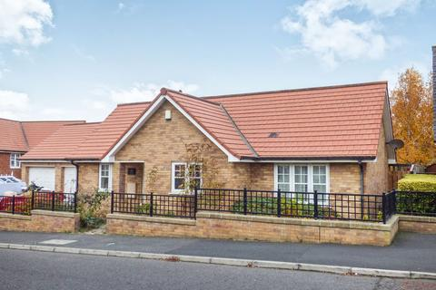 2 bedroom bungalow to rent - King Edward Road, South Hylton, Sunderland, Tyne and Wear, SR4 0RD