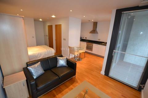 Studio to rent - Millennium Tower, Salford Quays
