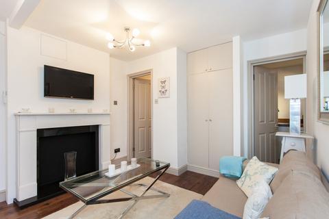 Studio to rent - Chesterton Road, North Kensington