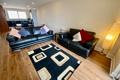 2 bedroom apartment to rent - Meridian Bay, Maritime Quarter, Swansea , SA1 1PL