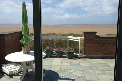 2 bedroom penthouse for sale - Barton Mansions, North Promenade, Lytham St Annes