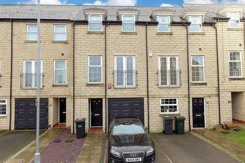 3 bedroom townhouse for sale - Far Highfield Close, Idle, BD10
