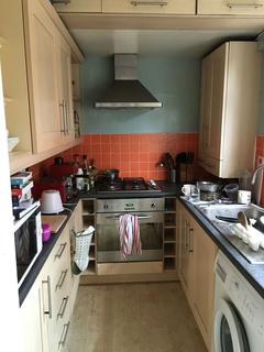 3 bedroom semi-detached house to rent - Princess Avenue, Beeston, Nottingham, Nottinghamshire, NG9