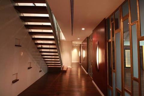 4 bedroom block of apartments  - Chareonnakorn 400 sqm High floor elegant 4 bedrooms duplex unit at The River