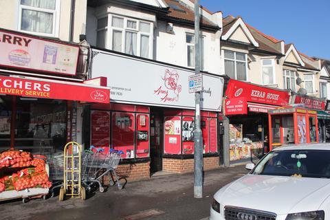 Retail property (high street) to rent - Thornton Road, Thornton Heath CR7