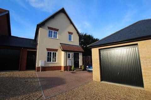 3 bedroom detached house for sale - Maxim Lane, Clare CO10
