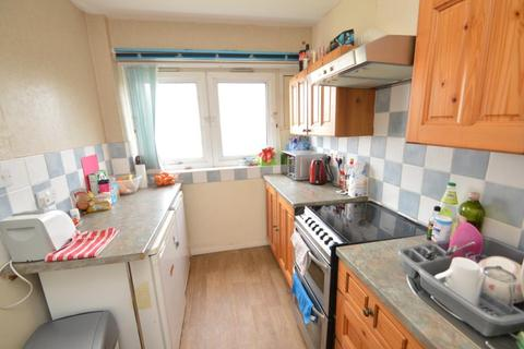 2 bedroom flat to rent - Coniston House, Bantock Way
