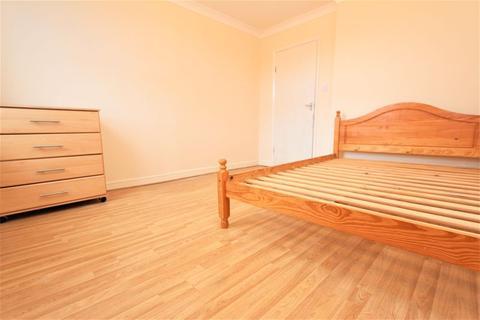 2 bedroom flat to rent - Lascotts Road, Woodgreen N22