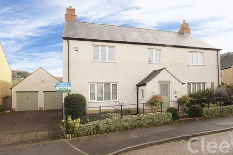 4 bedroom detached house for sale - Jennings Orchard, Cheltenham