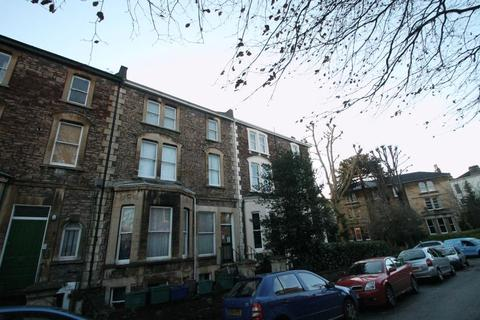 Studio to rent - Studio Flat, Whatley Road, Clifton