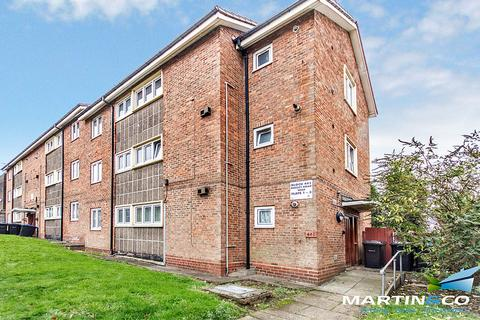 3 bedroom ground floor flat for sale - Hagley Road West, Quinton, B32