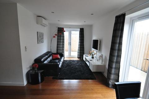 2 bedroom apartment to rent - Taurus House, Union Road, Bristol
