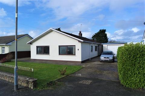 3 bedroom bungalow for sale - Church Road, Roch, Haverfordwest