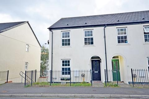 4 bedroom semi-detached house to rent - Sparnock Grove, Truro