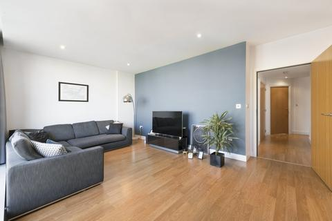 2 bedroom apartment to rent - Ebb Court, Gallions Reach, E16
