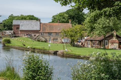 Property for sale - Calbourne Water Mill