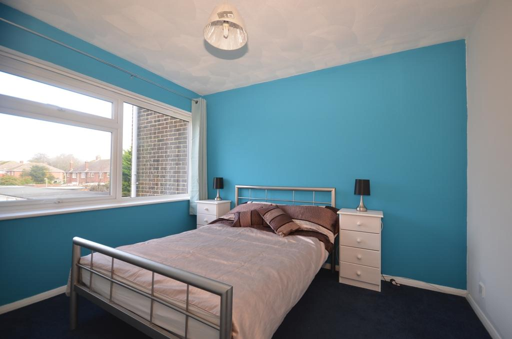 Lincett Avenue Worthing BN13 2 Bed Apartment