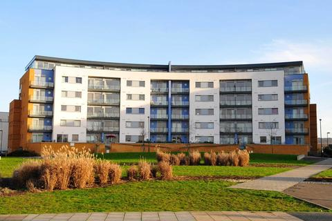 2 bedroom apartment for sale - Tideslea Path, London, SE28 0LY