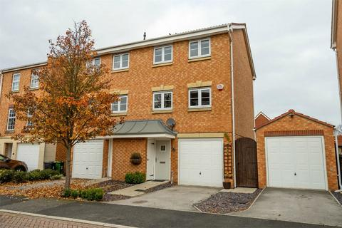 3 bedroom semi-detached house for sale - Duchess Mews, Sovereign Park, York