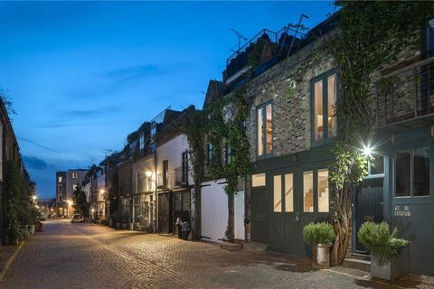 2 bedroom mews for sale - St Lukes Mews, Notting Hill, London, W11