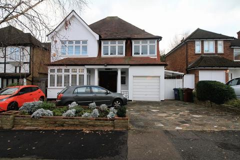 6 bedroom detached house for sale - Lake View, Edgware, Middlesex, HA8 7SA
