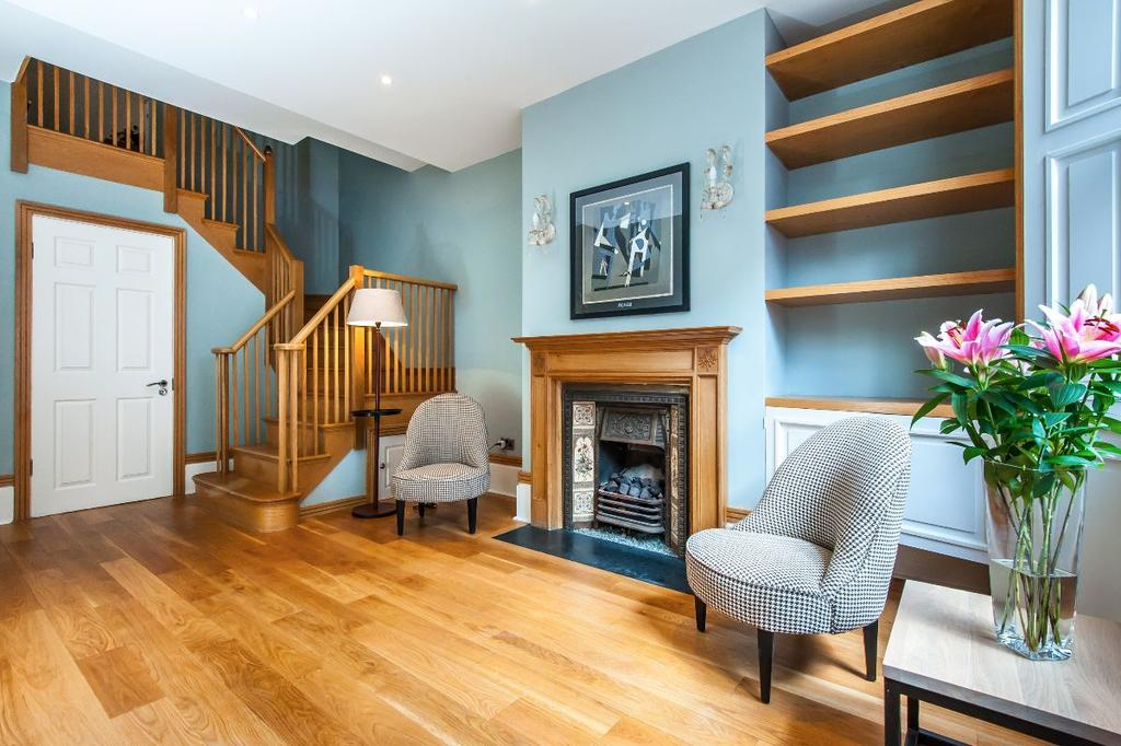 4 Bedrooms Town House for sale in Redfield Lane, London, SW5