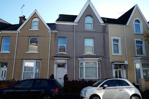 4 bedroom house to rent - St Helens Avenue, Brynmill, Swansea