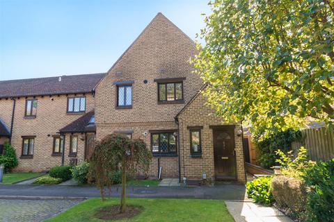 2 bedroom apartment for sale - Hillsborough Road, Cowley