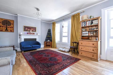 2 bedroom flat to rent - Eastern Road, Brighton, East Sussex, BN2 0AE