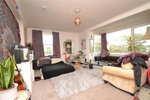 2 bedroom flat to rent - Belle Vue Court, Belle Vue Gardens, Brighton, East Sussex, BN2 0AN