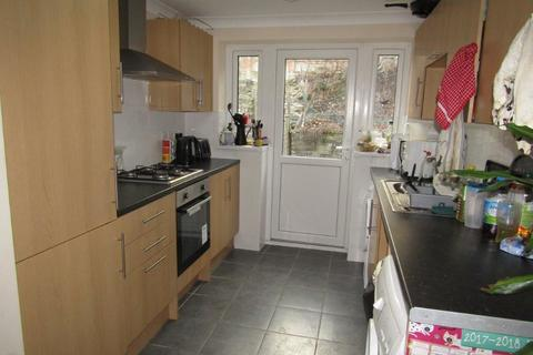 5 bedroom semi-detached house to rent - Chamberlain Road