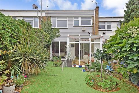 3 bedroom terraced house for sale - Howards Way, Rustington, West Sussex
