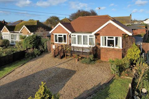 2 bedroom bungalow for sale - Whitstable Road, Herne Bay