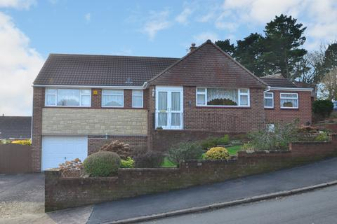 3 bedroom bungalow for sale - Croft Chase, Higher St Thomas, Exeter