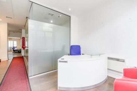 Property to rent - Shepherds Bush Road, Hammersmith, W6