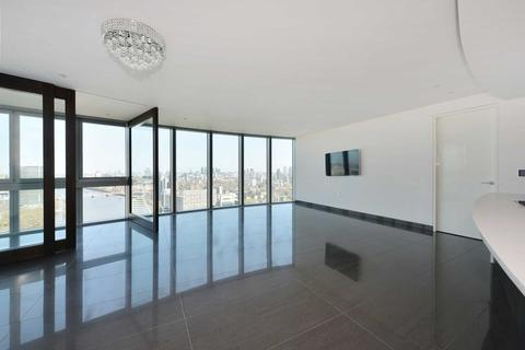 3 bedroom apartment for sale - The Tower, St Georges Wharf, SW8