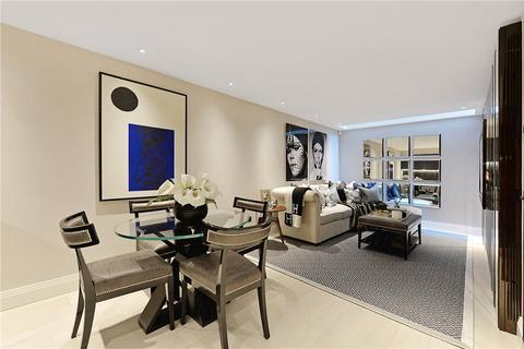 4 bedroom mews to rent - Clabon Mews, London, SW1X