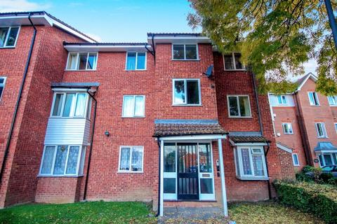 2 bedroom apartment to rent - Rufford Close, Harrow