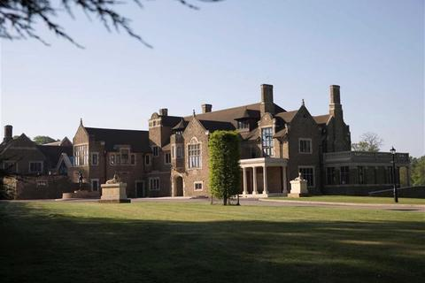 9 bedroom country house for sale - Haslemere Road, Brook, Surrey, GU8