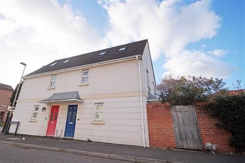 3 bedroom house to rent - Off Gloucester Road GL51 8EU