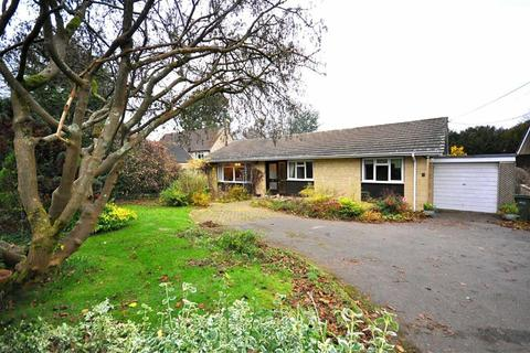 3 bedroom bungalow for sale - The Lindens, Eastcombe