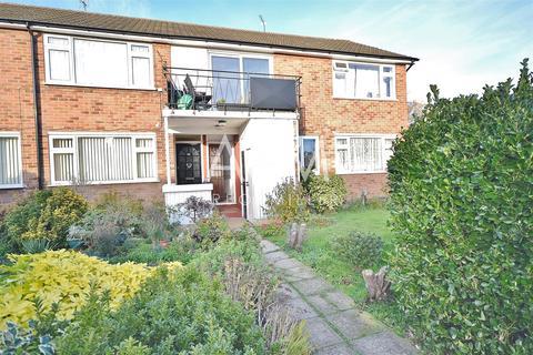 2 bedroom maisonette to rent - Ashdown Walk, Collier Row