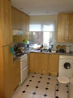 4 bedroom terraced house to rent - Rebecca Drive, Selly Oak, West Midlands, B29