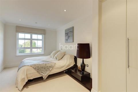3 bedroom flat to rent - Mountview Close NW11