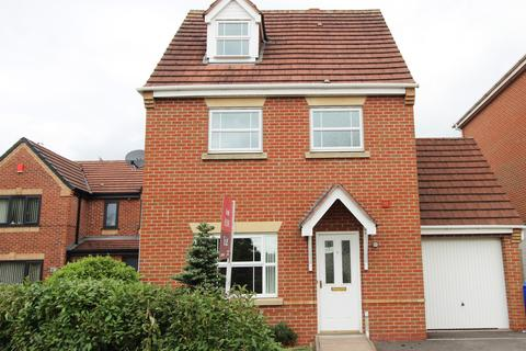 4 bedroom detached house to rent - Royal Close, Baddeley Green, Stoke-On-Trent