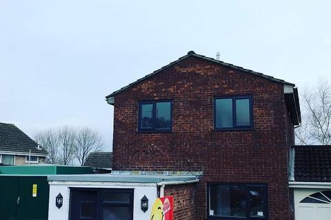 3 bedroom detached house to rent - Greenwood Drive, Cimla, Neath, Neath Port Talbot. SA11 2BW