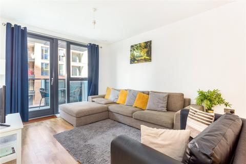 2 bedroom flat for sale - Poppyfield House, Copperwood Place, London, SE10