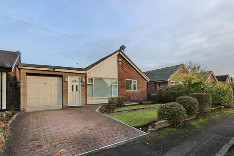 3 bedroom detached bungalow for sale - Woodhall Avenue, Whitefield, Manchester